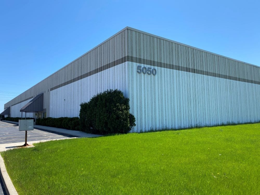 5050 S 13th St, Milwaukee, WI, 53221 - SharkCrates building
